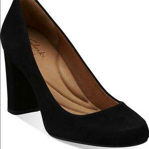 Clark's indigo suede heels